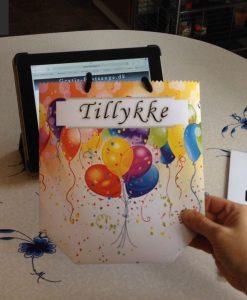 Lækker sangskjuler til fødselsdag uden at rulle sangene på www.gratis-festsange.dk